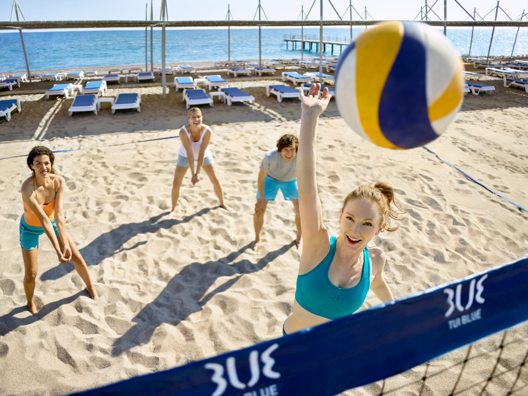 tui_blue_palm_garden_strand_beach_volleyball_cf130289_002